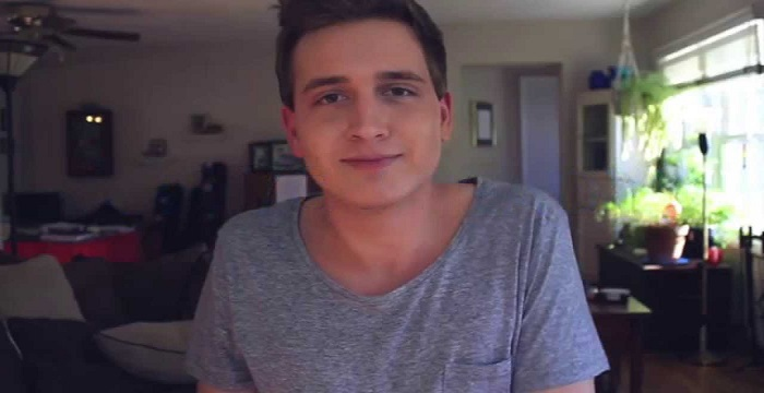 Andrew Lowe Bio Facts Personal Life Of Youtube Personality
