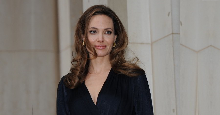 Angelina Jolie Biography - Facts, Childhood, Family Life