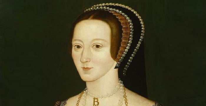 a biography of anne boleyn Education and early career thomas boleyn was a successful courtier and diplomat and in due course secured places for both mary and george at the english court however, a glorious opportunity to place his second daughter abroad presented itself when in 1512 he was appointed ambassador to margaret of austria margaret's court was the most.