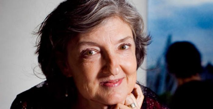 barbara essay kingsolver Barbara kingsolver grew up in rural kentucky and earned degrees in biology from depauw university and the university of arizona before becoming a freelance writer and author.