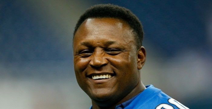 A biography of barry sanders a football player