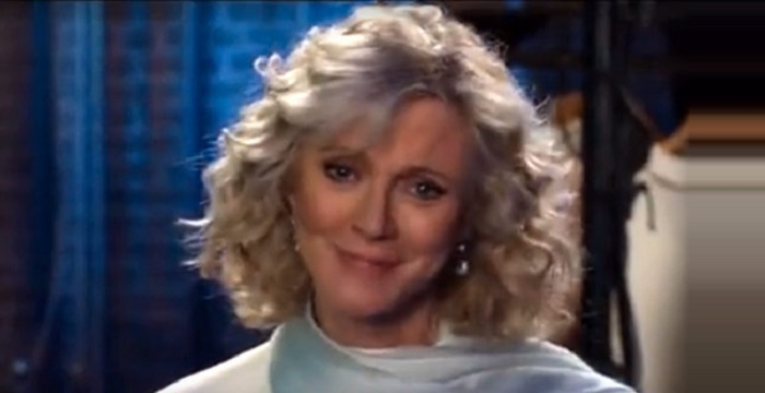 Blythe Danner Biography - Facts, Childhood, Family Life
