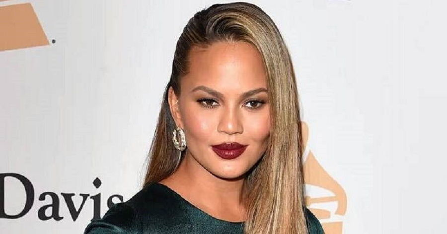 Chrissy Teigen Biography Facts Childhood Family
