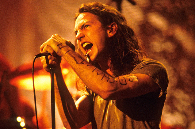 Eddie Vedder Biography - Childhood, Life Achievements ...