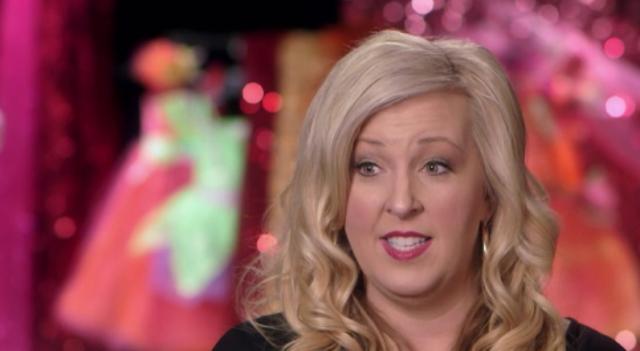 Jess sucks her first bbc 10