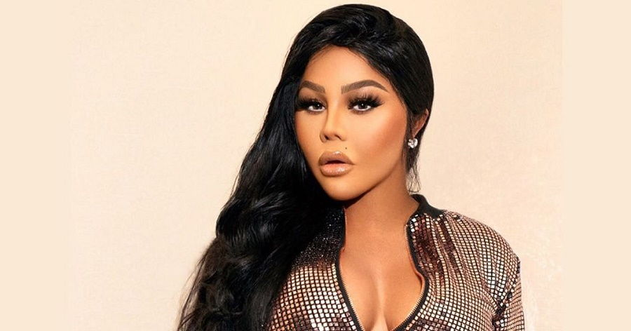 Lil Kim Biography Facts Childhood Family Life