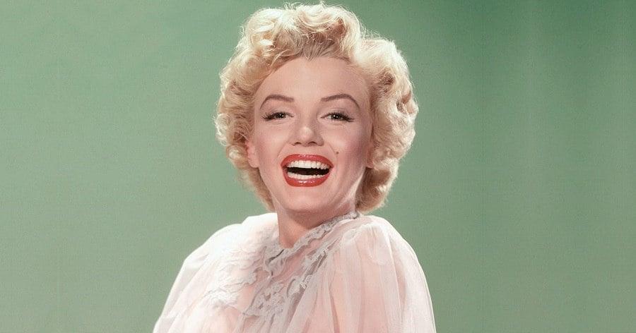 Marilyn Monroe Biography Childhood Life Achievements