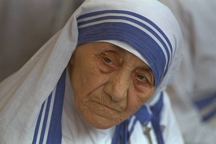 Mother teresa biography pdf