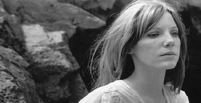 Pamela Courson - Bio, Facts, Family Life of Jim Morrison's ...