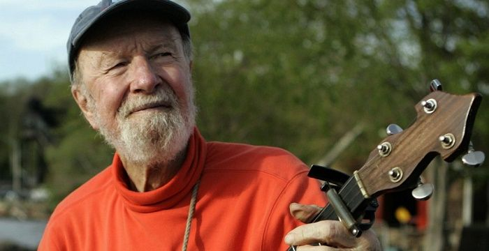 Pete Seeger Biography - Childhood, Life Achievements ... Eugene Debs
