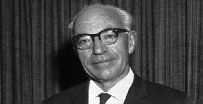 Sir John Eccles Biography - Childhood, Life Achievements ...