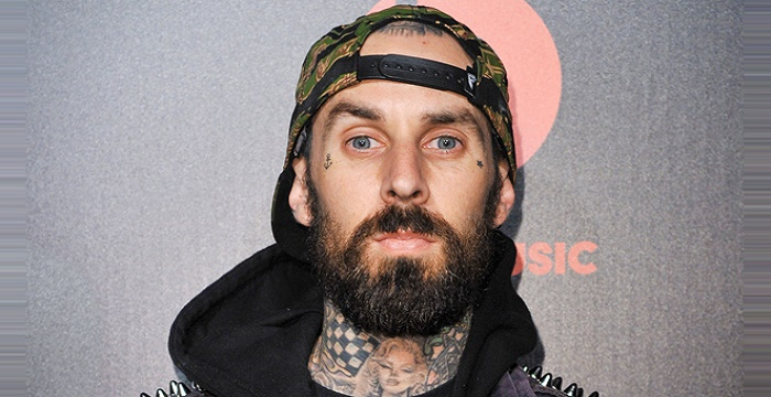 Travis Barker Biography - Childhood fe2a3fd4ab96