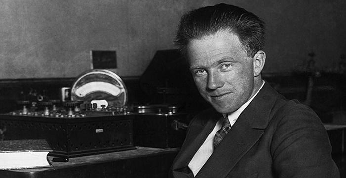 Werner Heisenberg Biography - Childhood, Life Achievements ...