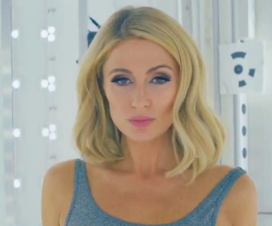 Paris Hilton Biography - Childhood, Life Achievements ... Paris Hilton