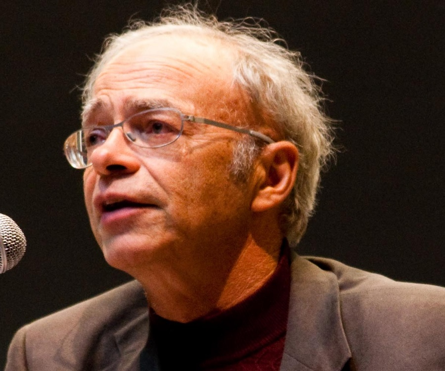 peter singers thesis Get access to argument analysis all animals are equal by peter singer analysis: all animals are equal by peter his thesis singers main.