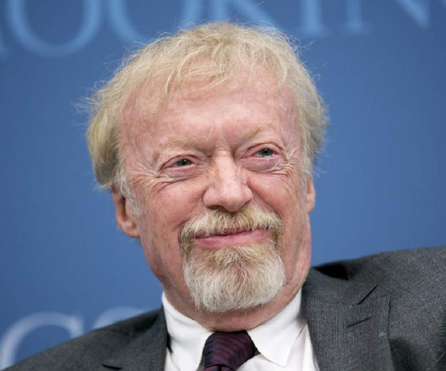 Phil knight biography