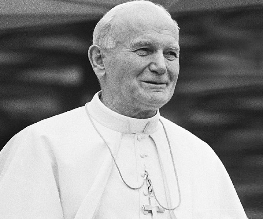 a biography of pope john paul ii Pope john paul ii has been credited with inspiring political change that not only led to the collapse of communism in his native poland and eventually all of eastern.
