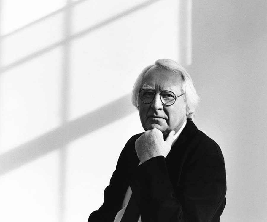the early life education and architectural achievements of richard meier My space a tour of richard meier's summer house in the hamptons the pritzker prize-winning architect reads and paints watercolors in the study of his simple farmhouse.