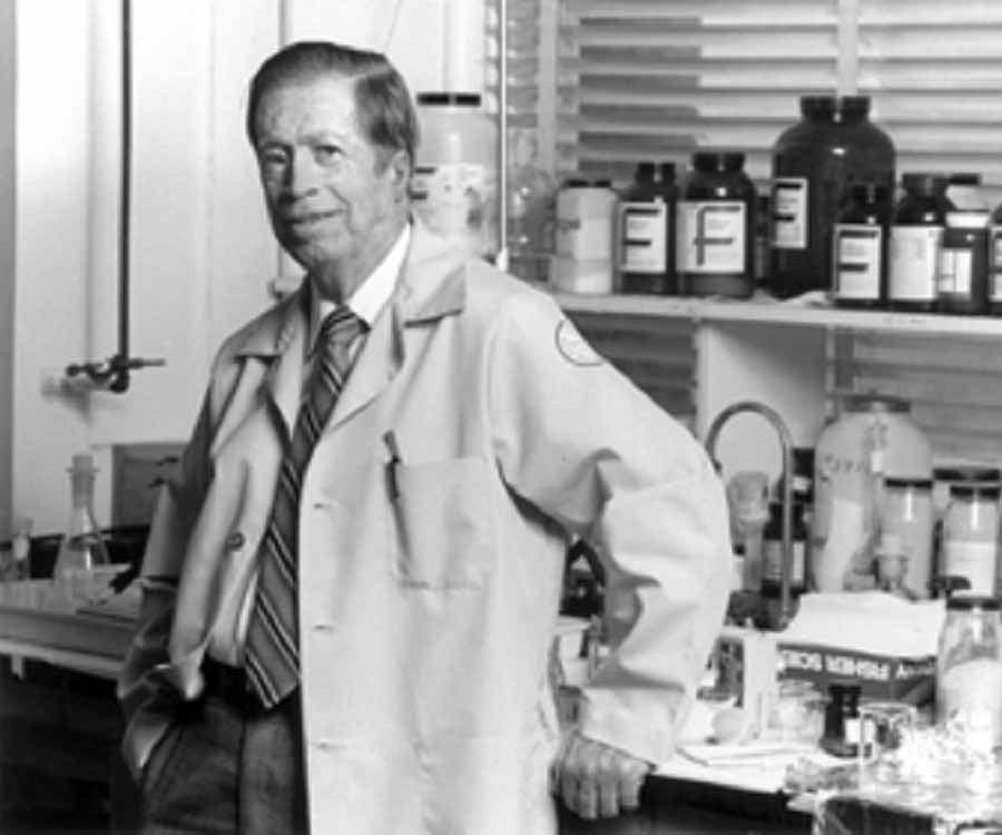 Robert Bruce Merrifield Biography