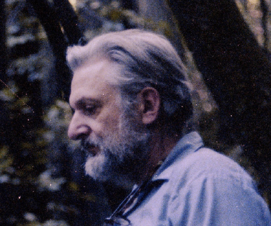 the life and works of robert maynard pirsig But robert pirsig, who has died at the age of 88 in maine, caught the zeitgeist of the 1970s, when the counter-culture hippie era was waning and the materialism later he served in the army during the korean war and when on leave in japan he acquired what was to be a life-long adherence to buddhism.