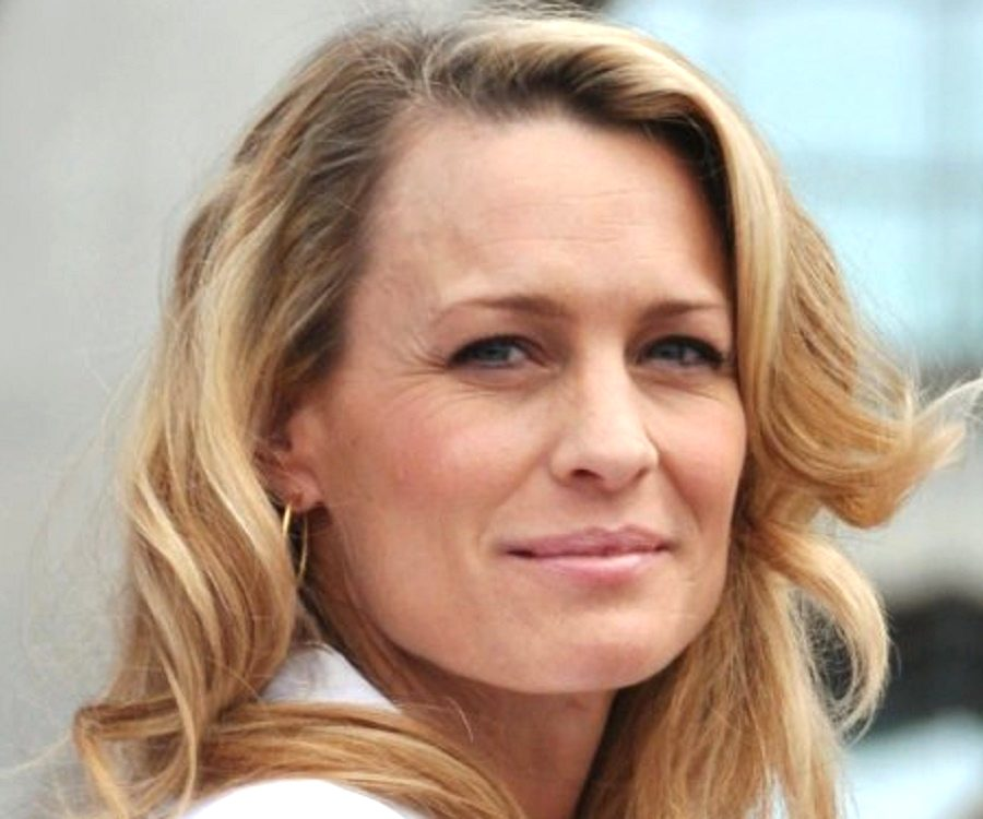 robin wright biography