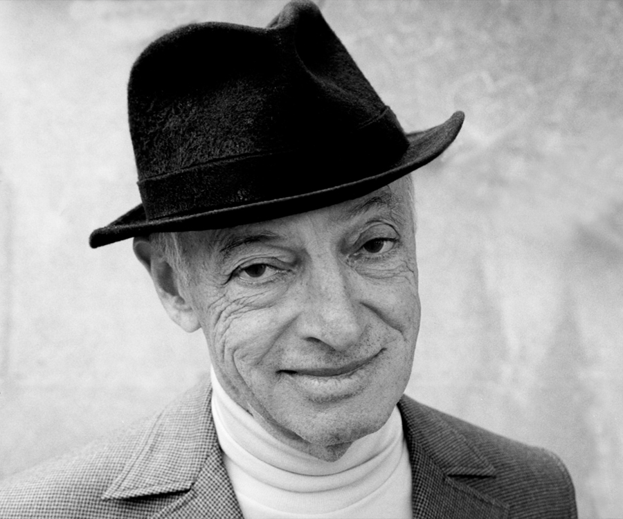 saul bellow critical essays In a well regulated militia by saul lecture notes to increase comprehension and critical thinking of saul bellow essay - saul bellow is one of the.