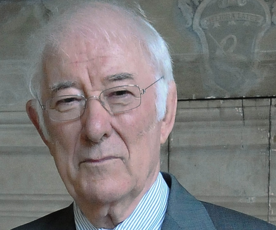 Seamus Heaney biography