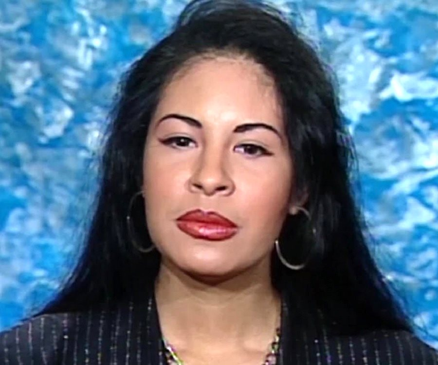 a biography of selena quintanilla an american singer March 31, 1995, death of the mexican-american singer plunged many latino   selena quintanilla-perez started singing the tejano music that  fans will  celebrate her life and legacy at the commemorative fiesta de la flor in.