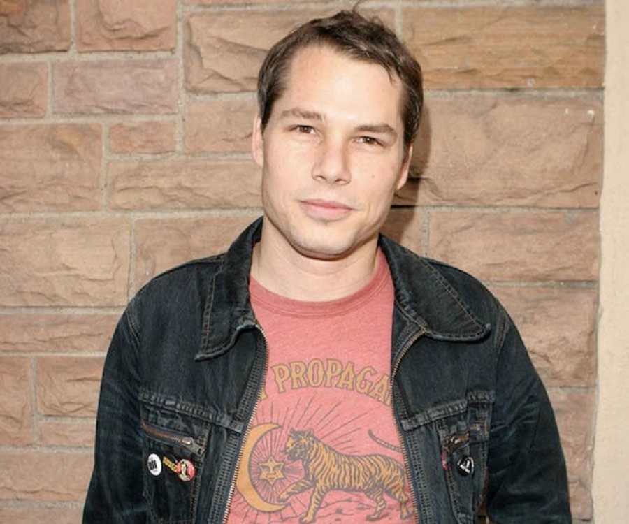 Shepard Fairey Biography - Childhood, Life Achievements ...