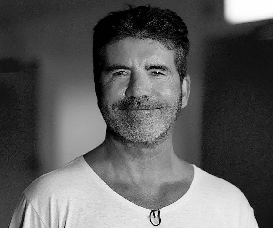 simon cowell Simon cowell appeared in an bonus segment shown on the shrek 2 dvd and vhs he acts as a judge in far far away idol (a parody of american idol) first he is accompanied with shrek and fiona as judge but eventually ends up as the only one.