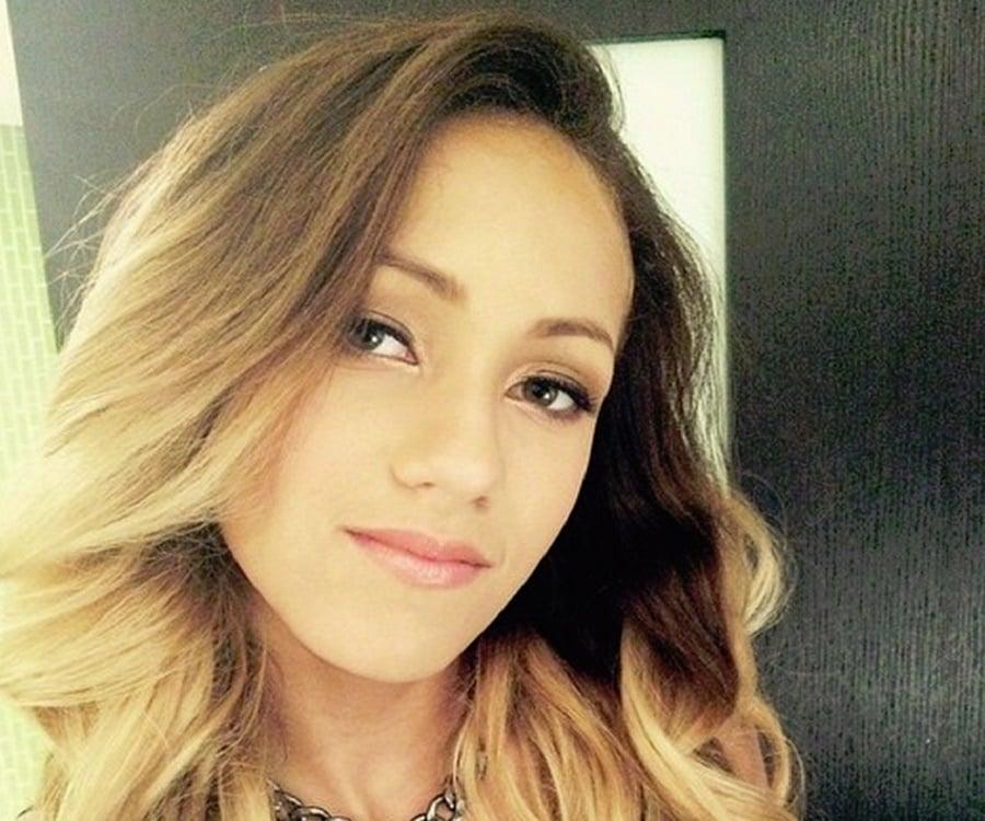 Skylar Stecker Bio Facts Family Life Of Actress Singer