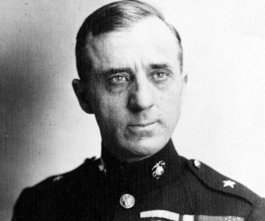 a biography of smedley darlington butler Smedley darlington butler (july 30, 1881 - june 21, 1940) smedley butler was born july 30, 1881, in west chester, pennsylvania, the eldest of three sons stonewall: a biography of general thomas j jackson w w.