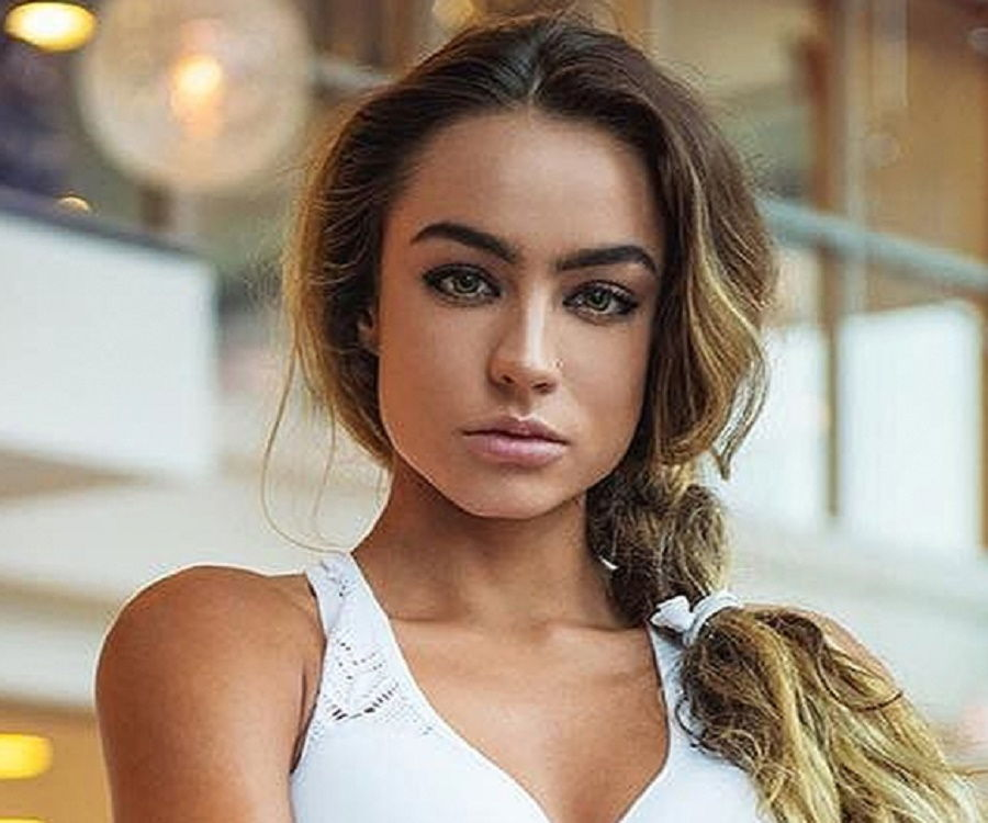 Sommer Ray - Bio, Is She Dating Anyone?, Net Worth, Family