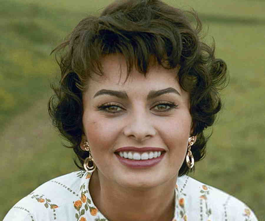 Sophia Loren Biography...