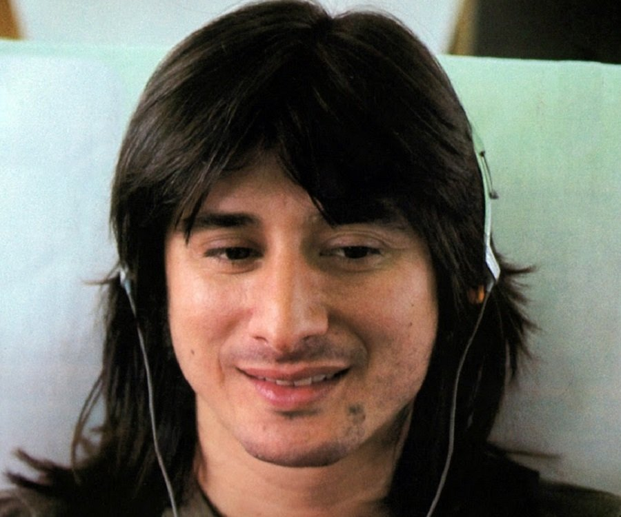Stephen Ray Perry born January 22 1949 is an American singer and songwriter He is best known as the lead singer of the rock band Journey during their most