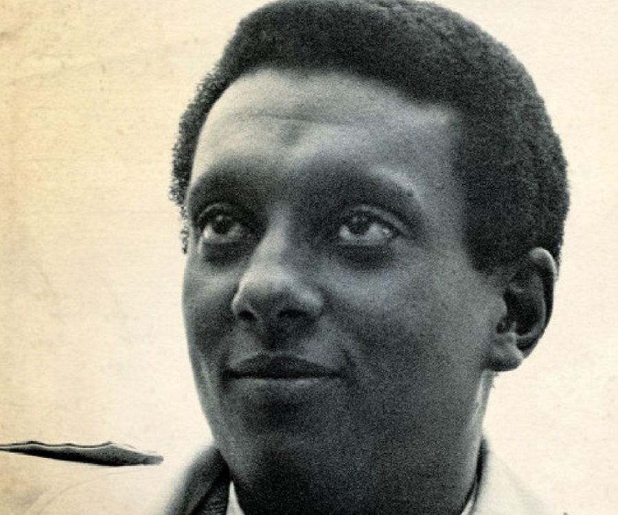 stokely carmichael Stokely carmichael (june 29, 1941 – november 15, 1998), also known as kwame ture, was a trinidadian-american revolutionary active in the civil rights movement, and later, the global pan-african movement.