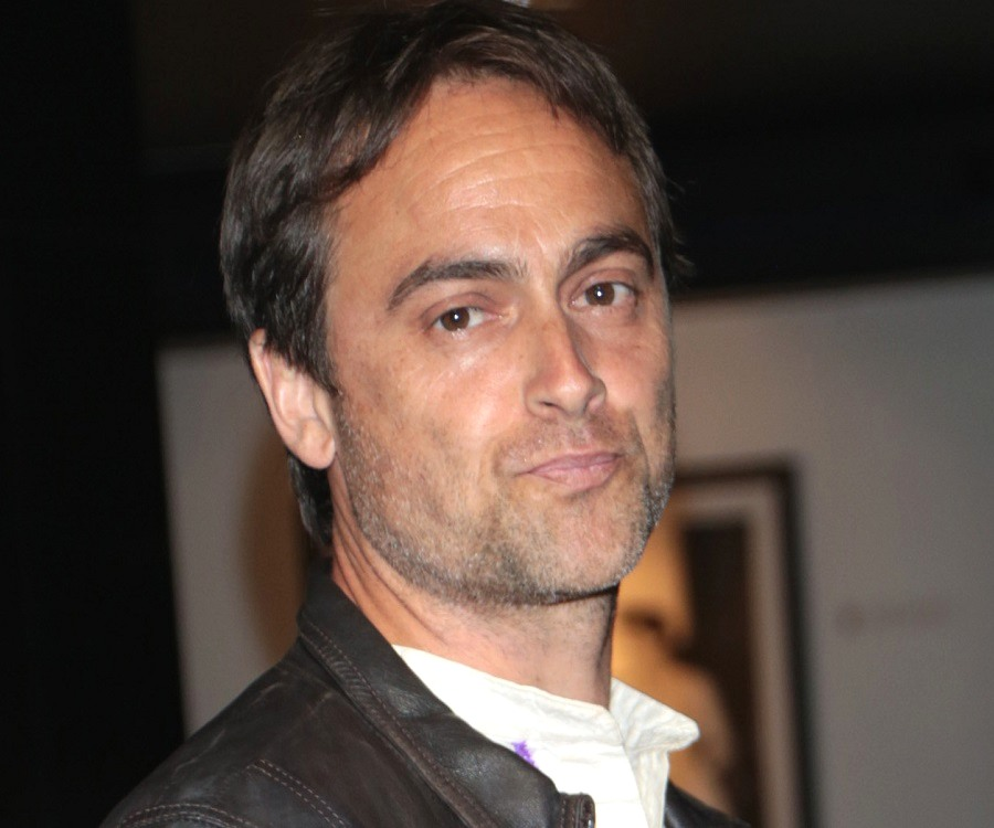 Stuart Townsend Biography - Facts, Childhood, Family Life ...