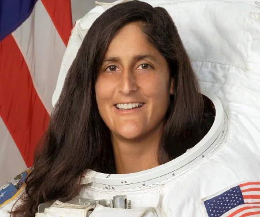 essay on sunita williams Sunita williams ssunita williams (born september 19, 1965) is a united states naval officer and a nasa astronaut there's a specialist from your university waiting to help you with that essay tell us what you need to have done now.