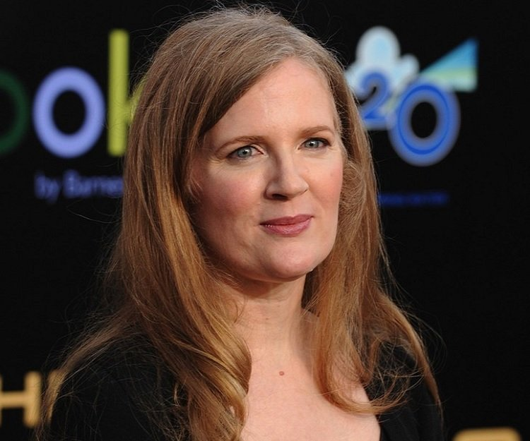 suzanne collins Share, rate and discuss pictures of suzanne collins's feet on wikifeet - the most comprehensive celebrity feet database to ever have existed.