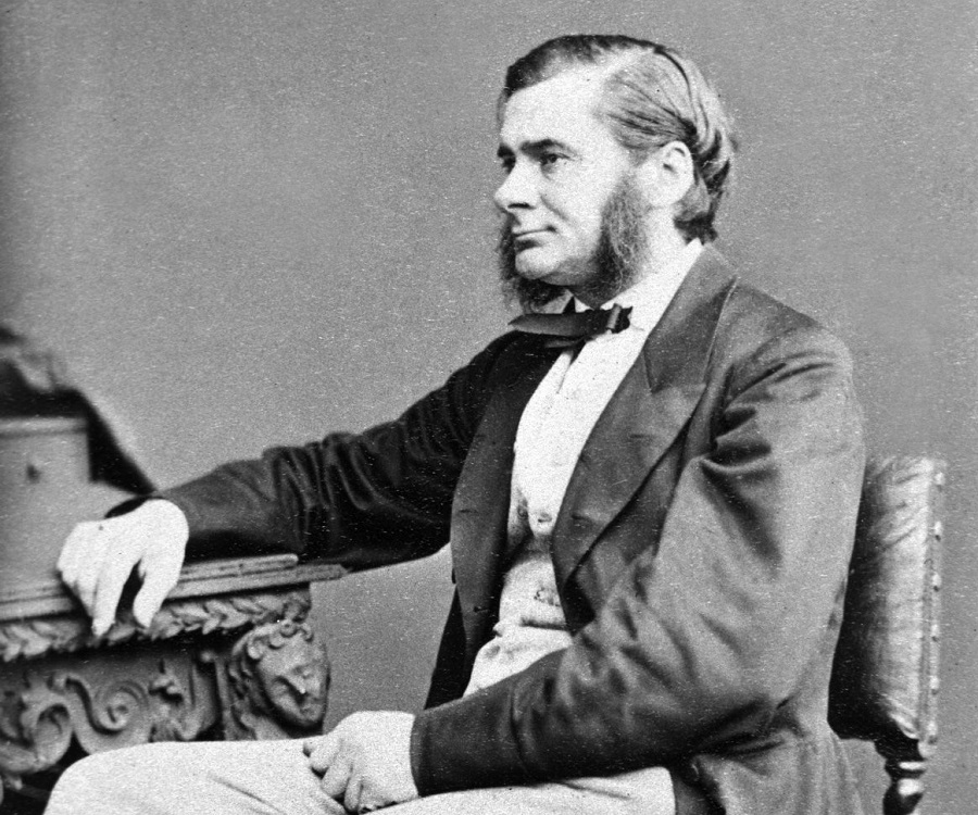An introduction to the life of thomas henry huxley