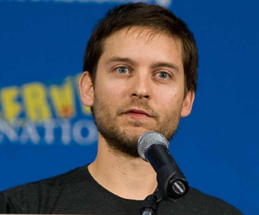 Tobey Maguire Biograph... Tobey Maguire