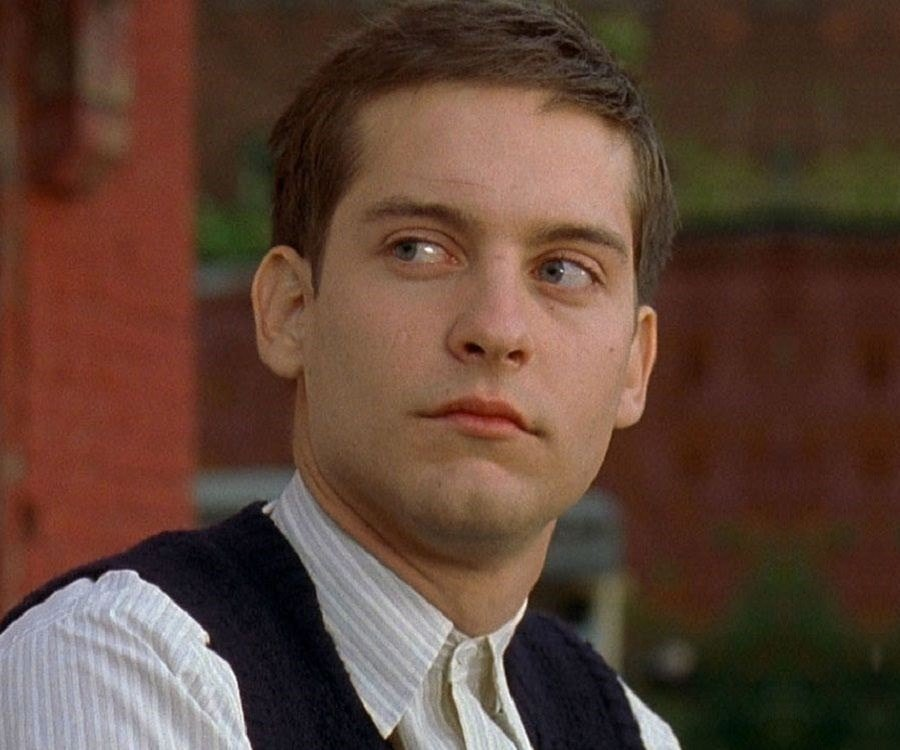 Tobey Maguire Biograph...