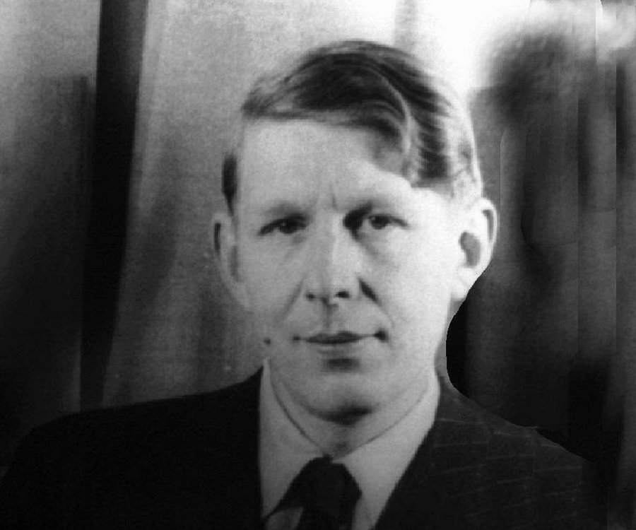 a biography of wystan hugh auden a poet English-born naturalized american wystan hugh auden not only wrote a great many poems that would later be set to music by leading composers of the twentieth century, but he collaborated on texts for works.