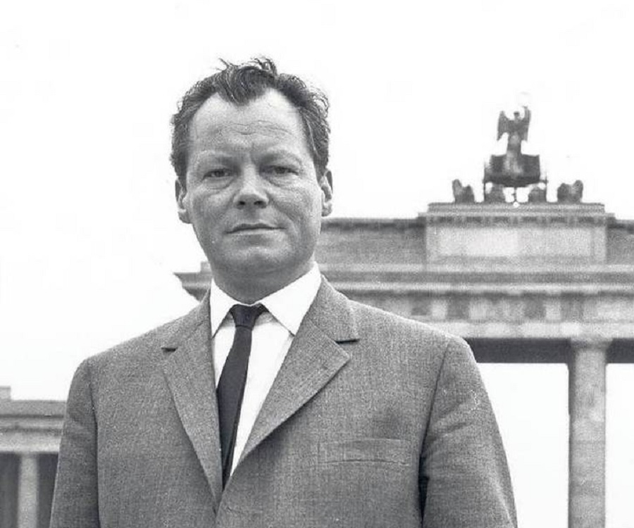 willy brandt biography childhood life achievements timeline. Black Bedroom Furniture Sets. Home Design Ideas