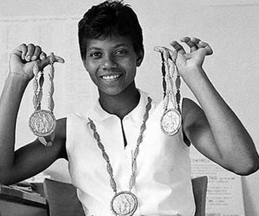 https://www.thefamouspeople.com/profiles/images/wilma-rudolph-3.jpg