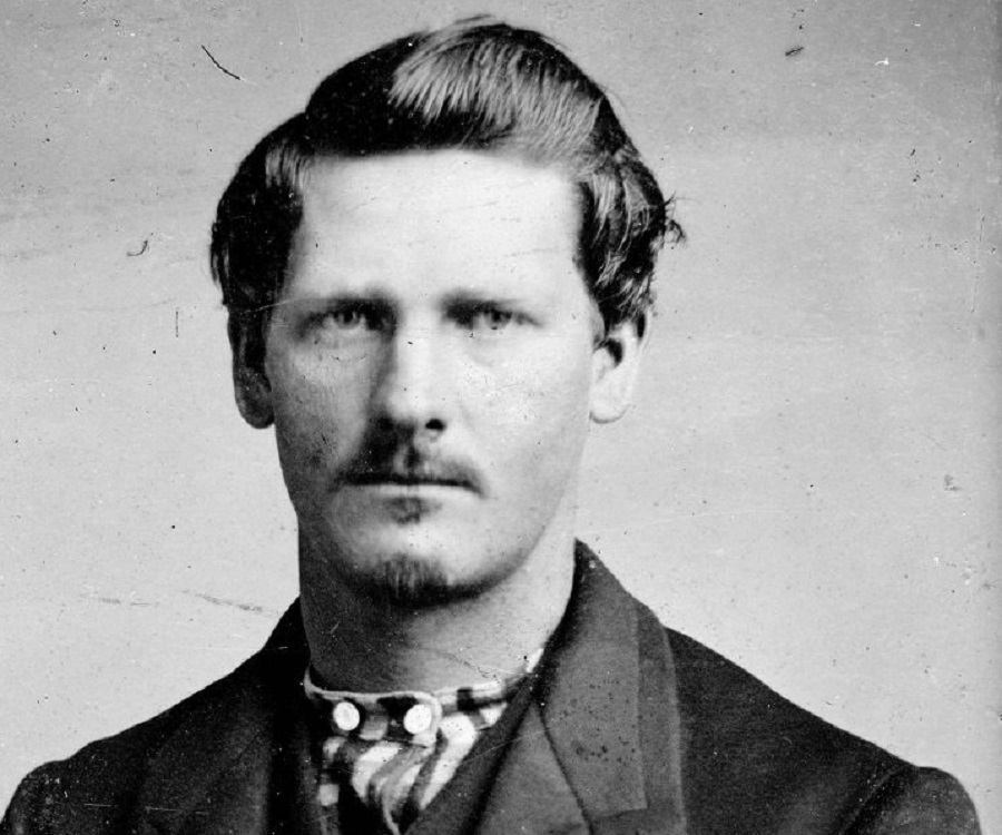 a biography of wyatt berry stapp earp the gunfighter Wyatt berry stapp earp (march 19, 1848 – january 13, 1929) was an american old west gambler, a deputy sheriff in pima county.