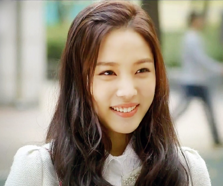 yoon so hee movies and tv shows
