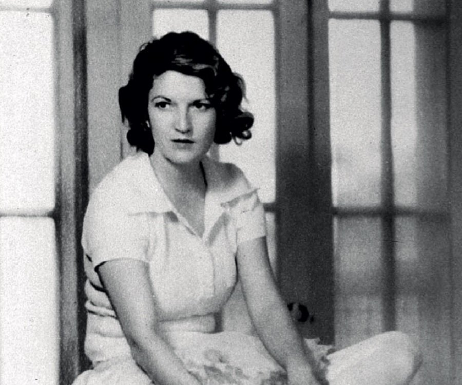 a biography of zelda sayre fitzgerald Fitzgerald biography zelda fitzgerald and the french aviator essays - ernest hemingway and zelda fitzgerald zelda sayre fitzgerald was born.