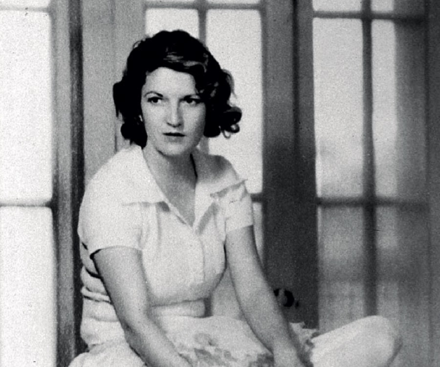 Zelda Fitzgerald Biography - Childhood, Life Achievements & Timeline Ray Bradbury Love Quotes