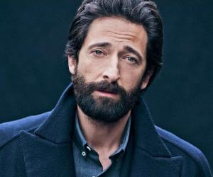 Adrien Brody Biography - Childhood, Life Achievements & Timeline